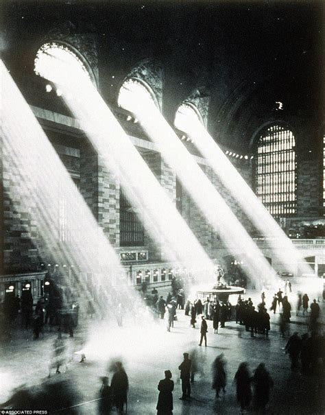 Neverbeforeseen Photos From 100 Years Ago Tell Vivid Story Of Gritty New York City Daily