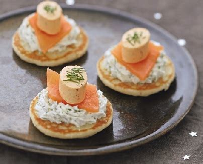 recette canapé saumon to prepare a cocktail smoked salmon mini blinis and