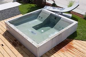 Dade design beton whirlpool concrete jacuzzi for Whirlpool garten mit große pflanzkübel beton