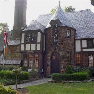 Stunning Images Tudor House by 25 Best Ideas About Tudor House On Tudor