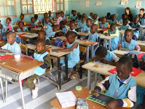 unesco international bureau of education dans les écoles sénégalaises les matières scientifiques n