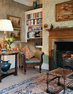 English style with Arts and Crafts wallpaper i would like ...