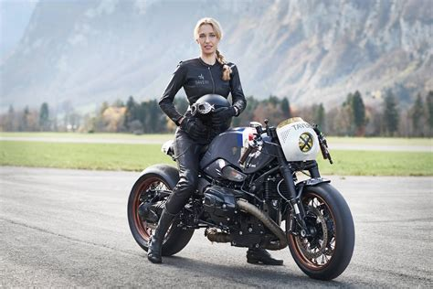 Vtr Customs & Sabine Holbrook For Taveri Moto