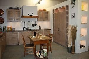 Echtholz Arbeitsplatte Küche : rempp musterk che k che 5 landhausk che echtholz ~ Michelbontemps.com Haus und Dekorationen