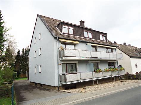 Solides Mehrfamilienhaus In Guter Stadtrandlage Von