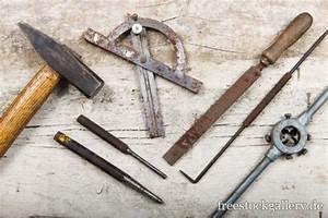 Altes Werkzeug Holzbearbeitung : altes werkzeug aus metall ~ Watch28wear.com Haus und Dekorationen