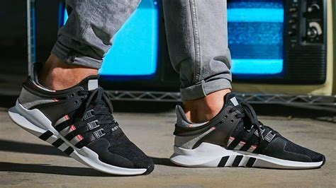 descuento adidas eqt support adv grey one black ash blue 1111446 nsgawfu adidas eqt support adv black grey pink the sole supplier