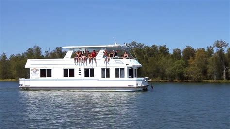 House Boats Gold Coast by Coomera Houseboat Holidays Gold Coast By Grasshopper