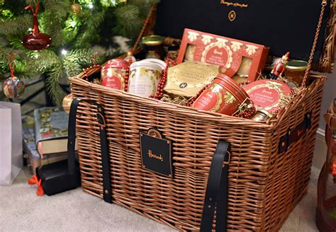 festive  harrods hampers  early christmas