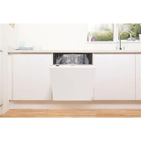 Indesit integrētā trauku mazgājamā mašīna: pilnizmēra ...
