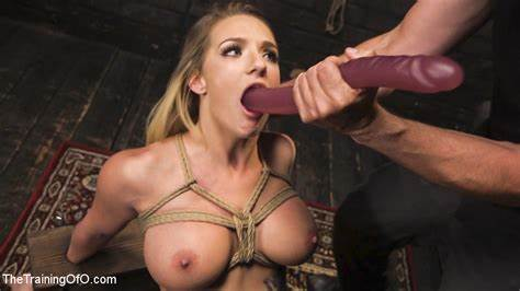 Kinky Is Training A Stretched Toys Smothering Chick Cali Carter Vs 2Ft