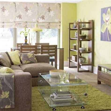 sofa skandinavischer stil wohnzimmer gestalten coole dekoideen mit sofakissen