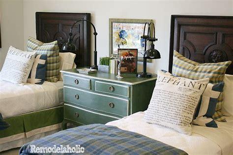 Plaid Blanket, Dark Wood, Green