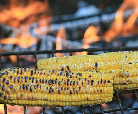 pannocchie come si cucinano pannocchie alla griglia la ricetta per preparare le