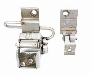 Rh Front Door Hinges 96-99 Audi A4 B5 - Ly7m Silver