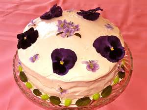 cake decorating with fresh flowers ideas trendy mods