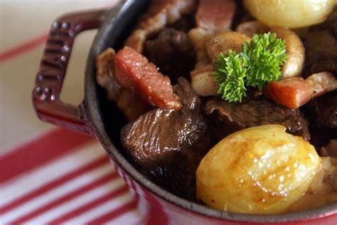 quel vin pour cuisiner boeuf bourguignon boeuf bourguignon recette du boeuf bourguignon avec