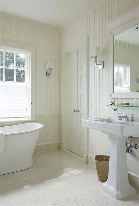 bathroom  beadboard backsplash cottage bathroom