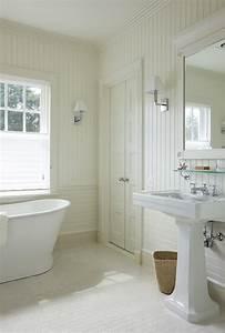 Bathroom With Beadboard Backsplash Cottage Bathroom