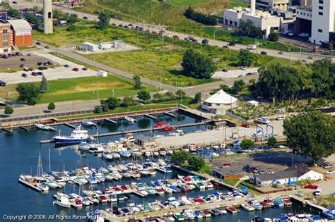 Boat Service Erie Pa by Wolverine Park Marina In Erie Pennsylvania United States