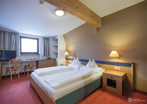 caminata co tures alphotel stocker co tures italy updated 2019
