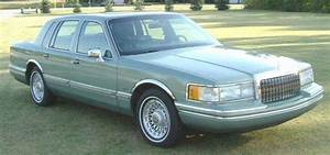 1994 Lincoln Town Blue Car Picture