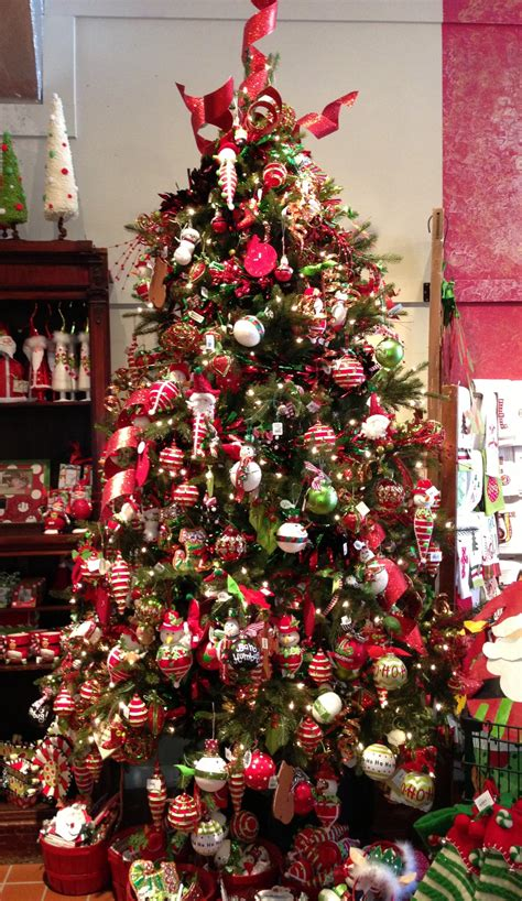 christmas trees decorated how to decorate your christmas tree the wrap up