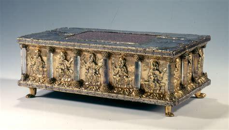 portable altar  rock crystal columns   guelph