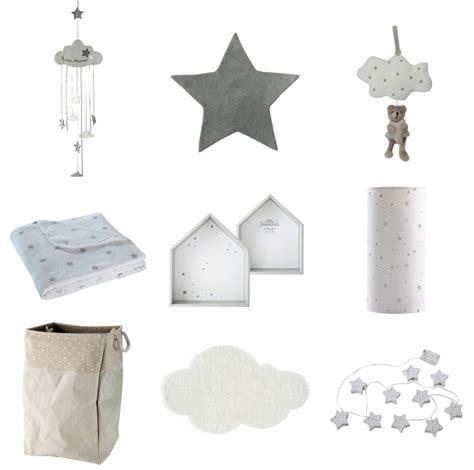 chambre bébé etoile inspiration déco 1 nuages et étoiles pour la chambre de