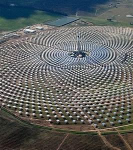 Centrale De L Occasion : gemasolar une centrale solaire capable de produire de l 39 nergie la nuit ~ Gottalentnigeria.com Avis de Voitures