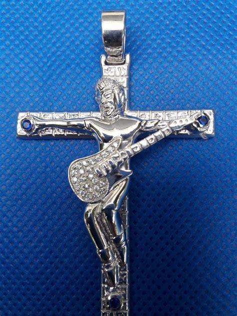 pendentif croix johnny hallyday couleur argent bijoux 224