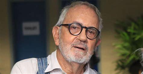 Aos 80 anos, Paulo José faz rara aparição ao lado das filhas