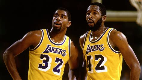 Magic Johnson: 'Showtime' Lakers Would Sweep The Warriors