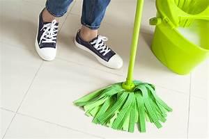 Parkett Feucht Wischen : b den reinigen wie vorgehen beim boden wischen ~ Michelbontemps.com Haus und Dekorationen