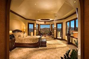 10 celebrity rooms that you have to see With the best master bedroom design