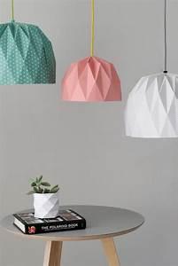 Abat Jour Origami : origami abat jour and plaid blanc on pinterest ~ Teatrodelosmanantiales.com Idées de Décoration