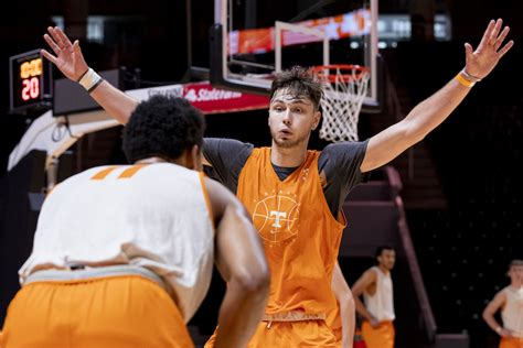 Tennessee basketball adds in-state school to schedule ...