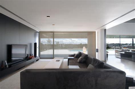 luxury minimalist house  spectacular swimming pool  housing   cero digsdigs