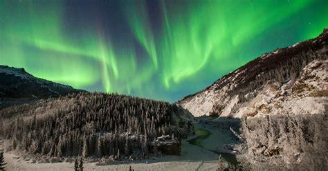 alaskas northern lights cbs news