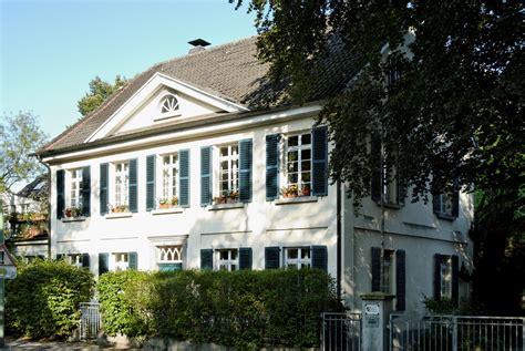 Haus Kaufen Düsseldorf Volmerswerth by Liste Der Baudenkm 228 Ler In D 252 Sseldorf Benrath
