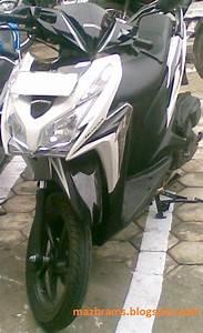 Honda Vario Techno 125 Pgm
