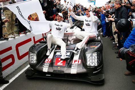Le Mans 2016 - Porsche wins, Toyota heartbreak