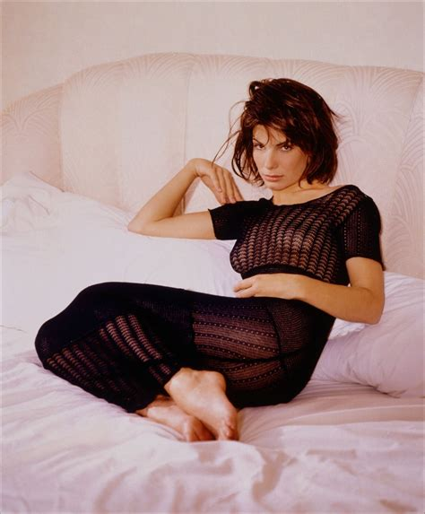 Sandra Bullock Wiki Age Height Weight Husband Feet Legs Hot Bikini Photo