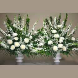 altar flowers for wedding best 25 altar flowers ideas on delphinium wedding flower arrangements vases