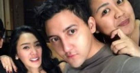 Sandra Dewi Hamil Duh Aron Ashab Dan Cita Citata Perang Medsos Okezone