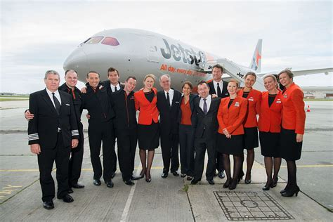 Description Of Cabin Crew by Aircrew