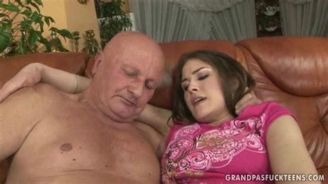 Hot Teen Enjoys Sex With Grandpa On Gotporn 862290