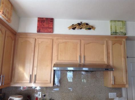 wall paint color for maple cabinets paint color advice for kitchen with maple cabinets thriftyfun