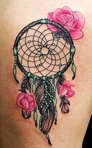 Ou Acheter Un Attrape Reve : un attrape r ve color et des fleurs dans trouver une id e de tatouage d 39 attrape r ve et plume ~ Teatrodelosmanantiales.com Idées de Décoration