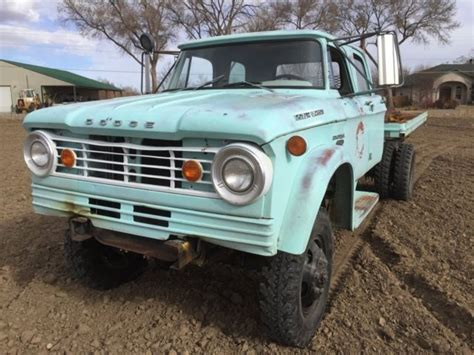 1965 Dodge Power Wagon W500 4x4 Crew cab 2 ton